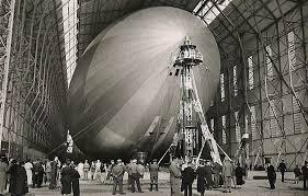 hangar zeppelin