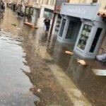 Meteo, le acque del porto invadono Bonifacio: decine di negozi allagati in Corsica [FOTO e VIDEO]