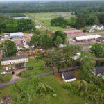 Il Meteo negli USA, tornado provocano danni in Mississippi: case danneggiate e alberi abbattuti [FOTO]