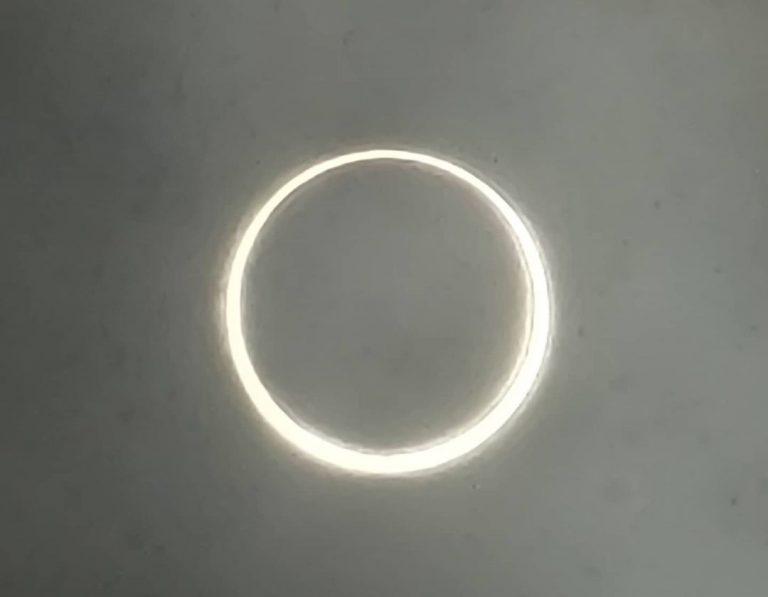 L'eclissi anulare vista dal Canada