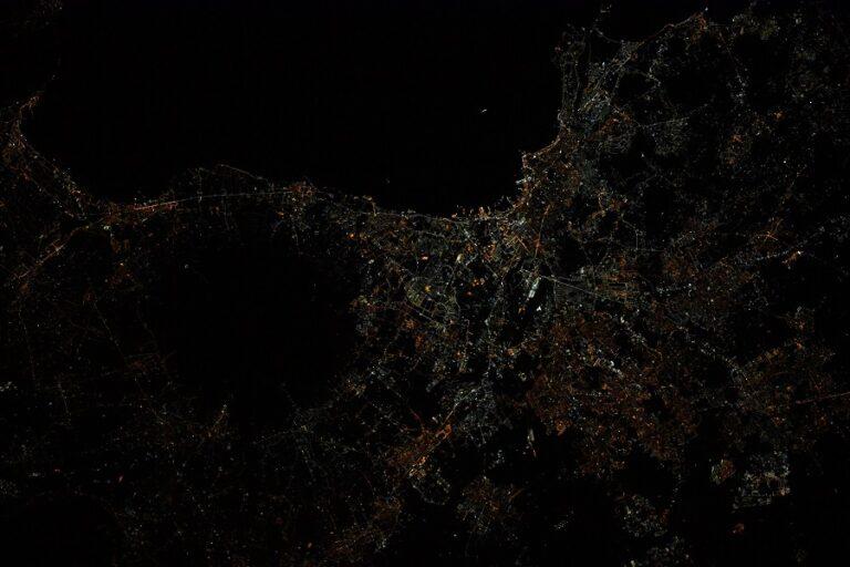 Napoli vista dalla ISS. Credit Thomas Pesquet