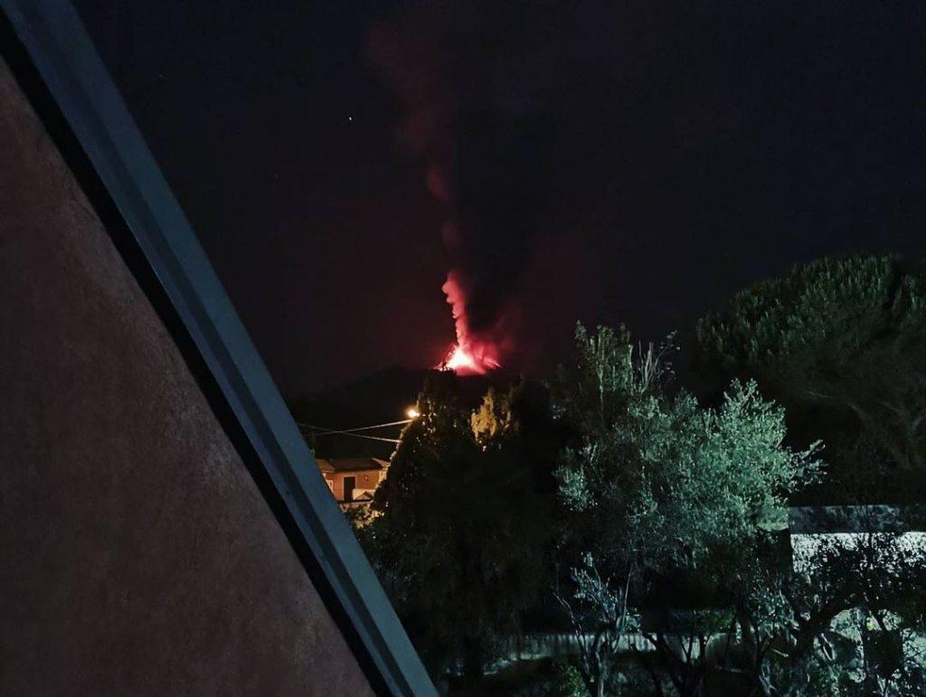 etna eruzione 18 giugno