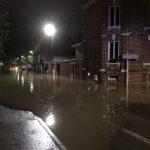 Maltempo, devastanti alluvioni in Francia: fiumi d'acqua per le strade di Beauvais, gravi danni e un disperso [FOTO e VIDEO]