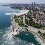 """È allarme per il """"muco di mare"""": la mucillagine ha invaso anche il Mar Nero [FOTO]"""