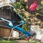 Meteo, potente tornado alle porte di Montreal: un morto e gravi danni a Mascouche [FOTO e VIDEO]