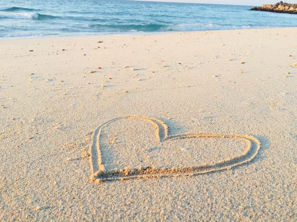 Estate in salute caldo cuore estate spiaggia