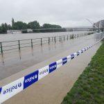 """Maltempo, catastrofica alluvione anche in Belgio: almeno 7 morti e il fiume Mosa spaventa Liegi, """"chi può lasci la città al più presto, chi deve rimanere salga ai piani alti"""""""
