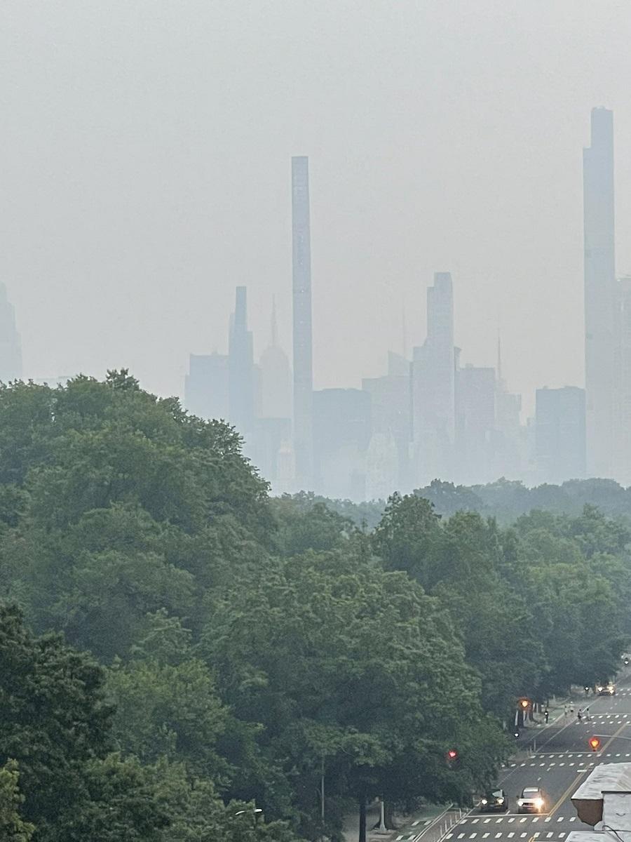 foschia New York incendi Canada