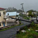 L'uragano Elsa si indebolisce a tempesta tropicale: distruzione ai Caraibi a causa di forti venti, piogge torrenziali e frane [FOTO]