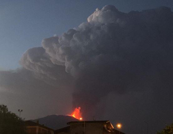 eruzione etna 9 agosto