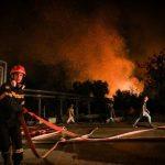 Ancora punte di +45°C in Grecia, continua la lotta agli incendi: blackout ad Atene, Olimpia salva per ora – FOTO
