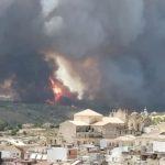 "Incendi in Sicilia, pineta in fiamme a Giarratana nel Ragusano: ""è l'inferno, aiutateci"" [FOTO]"