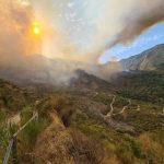 Incendi, apocalisse di fuoco in Aspromonte: 2 morti a San Lorenzo, devastate le montagne di Reggio Calabria