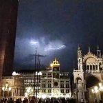 Maltempo, violentissimi temporali si abbattono su Veneto e Friuli Venezia Giulia nella notte. Criticità in Alto Adige: la situazione