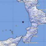 Forte scossa di terremoto avvertita in Calabria: paura nel Cosentino, epicentro nel Mar Tirreno [DATI e MAPPE]