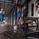 """Uragano Ida, """"danni catastrofici in Louisiana"""": scaricati 400mm di pioggia, intere aree sott'acqua. Un milione di persone senza energia elettrica – FOTO"""