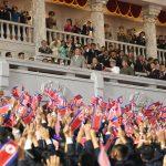 Un Kim Jong-un molto più magro e in forma alla parata per il 73° anniversario della nascita della Corea del Nord – FOTO