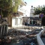Violento terremoto in Grecia, si contano i danni: migliaia di sfollati e case inagibili, decine di repliche da ieri [FOTO & VIDEO]
