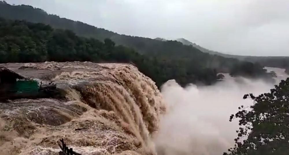 ciclone kerala