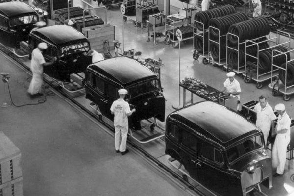 ford-catena-di-montaggio
