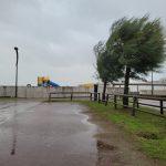 Maltempo, tanta pioggia e forte Bora in Emilia Romagna: 119mm a Voltre, mareggiate per le raffiche di 70km/h – FOTO e VIDEO